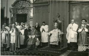 Márton Áron püspökké szentelése