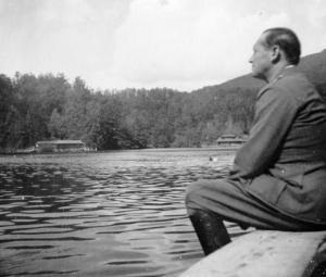 A Medve-tó, 1942 körül (www.fortepan.hu)