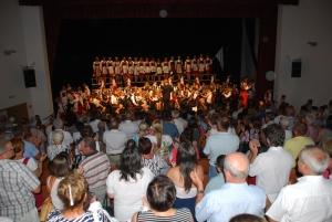 A diószegi közönség fennállva ünnepelte a Filit - ez volt az egyik legsikeresebb előadás a turné során