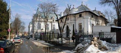 A bukaresti Gina Patrichi utcában található