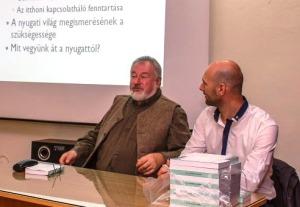 Farkas Attila és beszélgetőtársa, Kolumnbá Gábor mérnök-egyetemi oktató