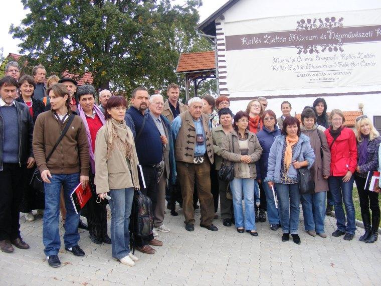 Hargita megyei tájházas szakemberek látogatása a Kallós-portán