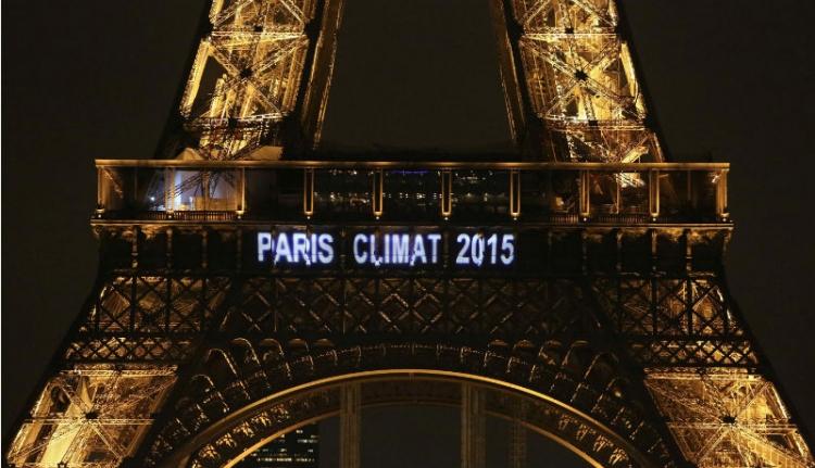 A világ két nagy feladat előtt áll, a környezetszennyezés és a terrorizmus és mind a kettőre sürgősen