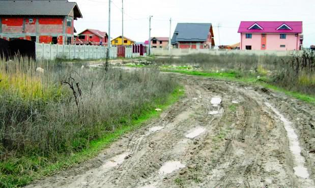 A nagyváros közelsége miatt felértékelődtek a beépíthető területek, bár a megfelelő infrastruktúra még