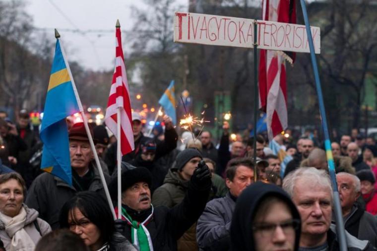 Budapesten is tüntettek a kézdivásárhelyiek érdekében