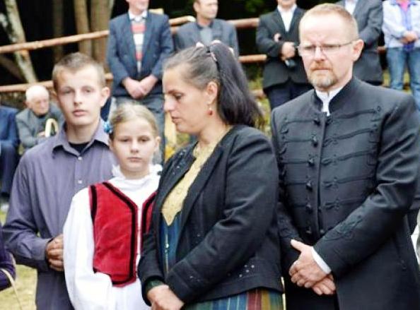 Nagy Balázs és családja az ökuménikus kápolna avatásán