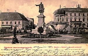 Kossuth Lajos egykori szobra a Szécsenyi téren