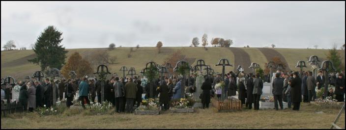 Halottak napja a szentegyházi temetőben