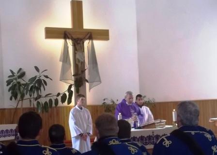 Szecsete László plébános celebrálta az ünnepi szentmisét