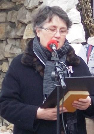 Nagy Eszter tanárnő jól szerkesztett és őszinte, sallangoktól mentes beszédet mondott