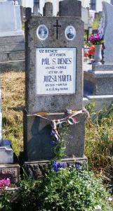 Úz Bence sírja a székelyvarsági temetőben