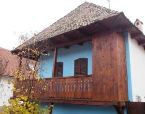 Tamási Áron Ágnes nevű húgának egykori háza, ahol ma az egyesület székhelye található