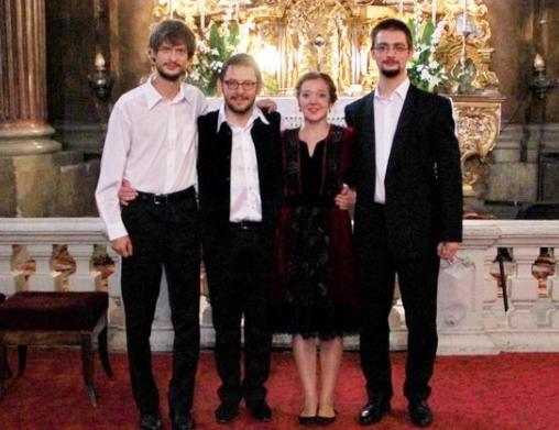 A Paraliturgia előadói (Fotó: www.foter.ro)