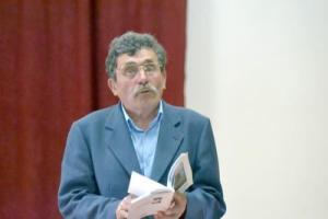 Fülöp Kálmán egy segesvári könyvbemutatón (A Népújság archívumából)