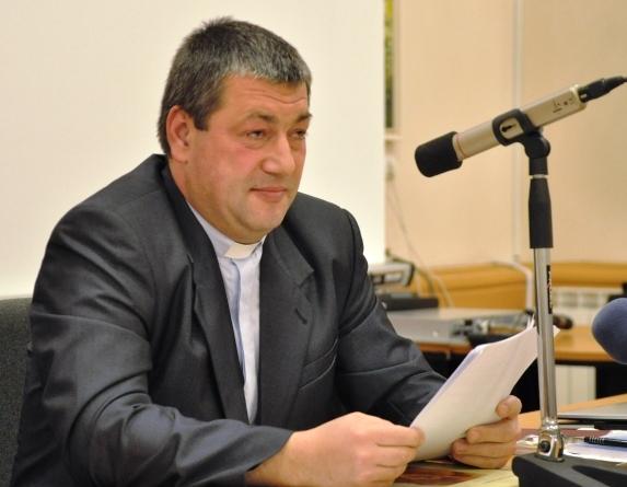 A csíkszeredai városházán - előadás közben