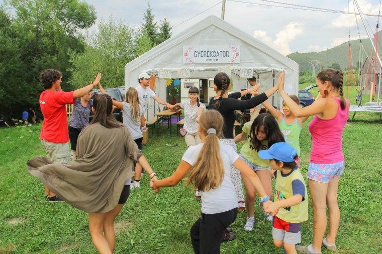 Gyermektáncház (Holinka Botond felvétele)