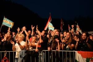 Az Ismerős Arcok koncertjén (Bányász Anna felvétele)