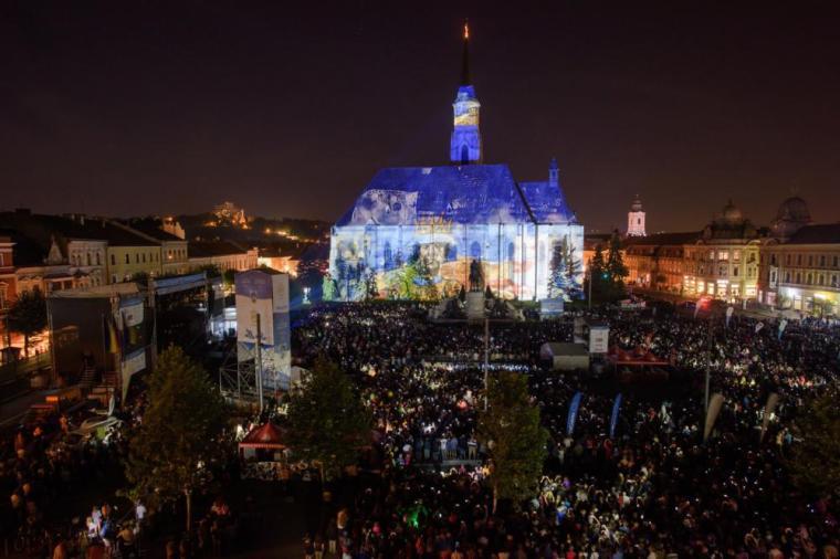 Ünnepség Kolozsváron a város 700. évfordulóján