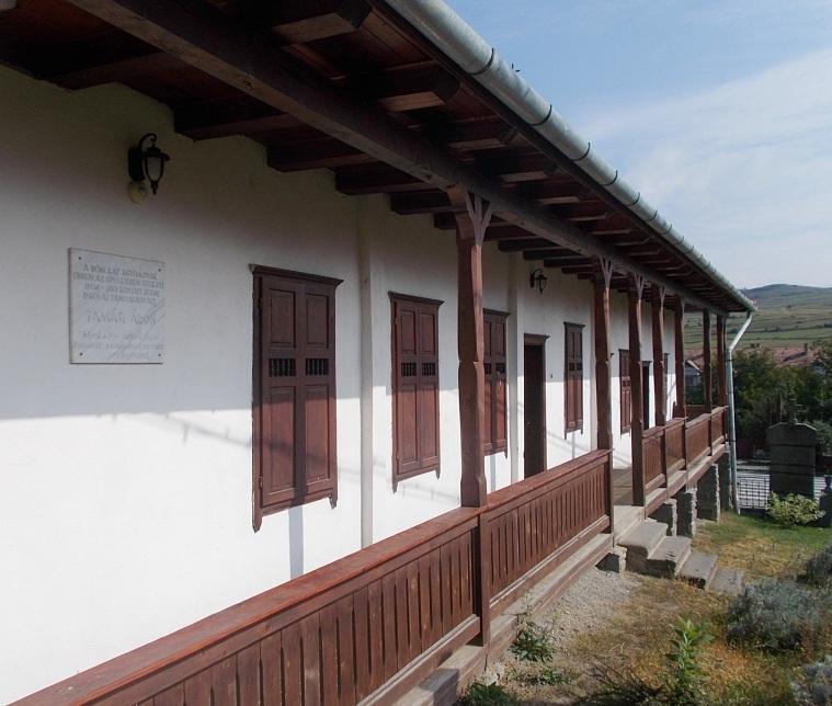Az egykori elemi iskola, amelybe az író járt 1906 és 1910 között
