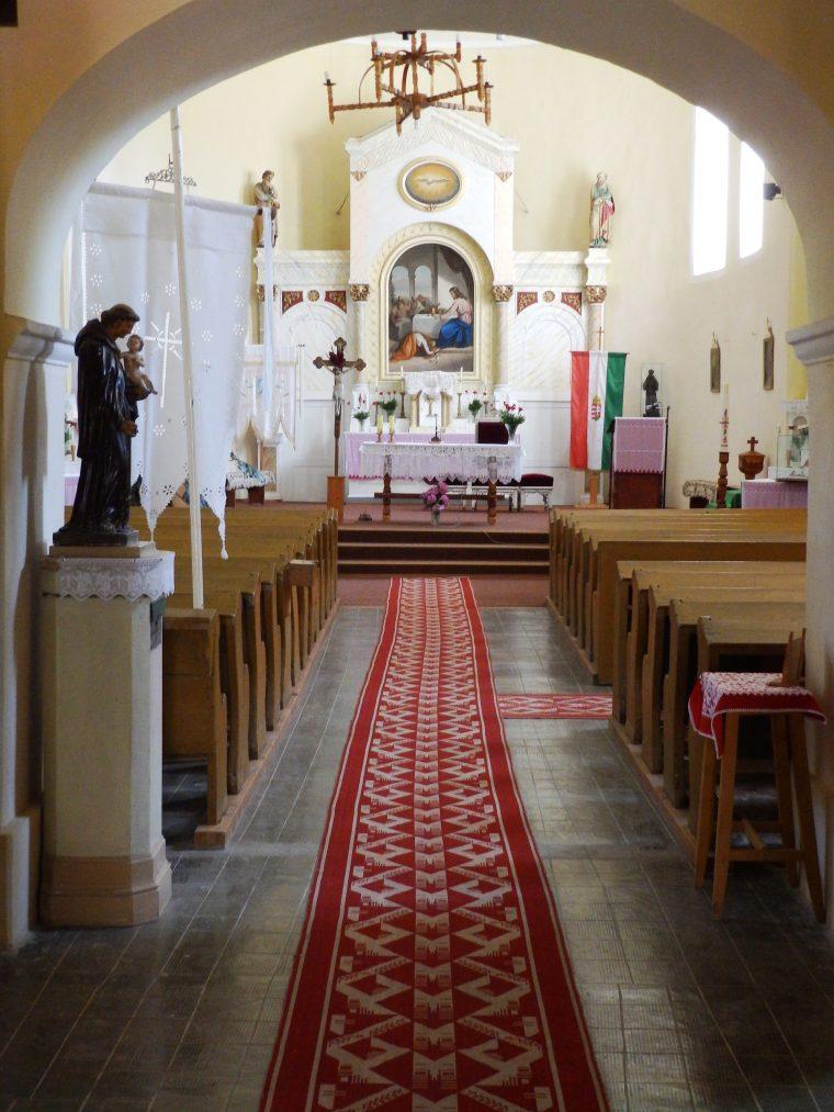 Az egykori templombelső