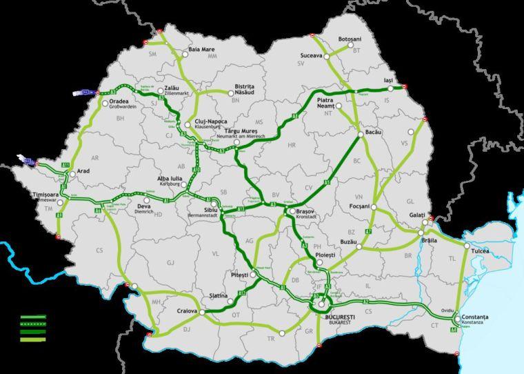 Románia tervezett autópálya-hálózata - a kettős zöld vonal a már kész autópálya-szakaszokat jelöli, a szaggatott az épülőket, a folytonos a tervezetteket. A halványzöld a tervezett autóutak vonala