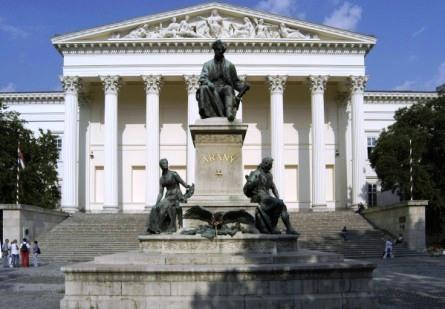 magyar-nemzeti-muzeum-original-48685