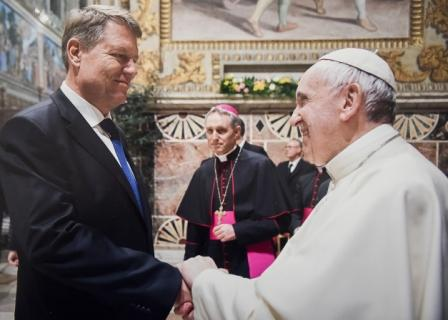 klaus_iohannis-ferenc_papa