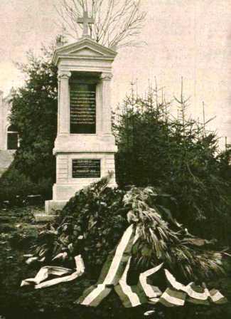 Báró Jósika Miklós és Báró Podmaniczky Julia síremléke