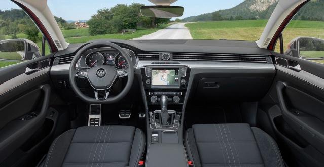 VW-Passat-Alltrack1
