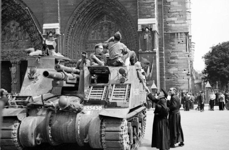 motre_dame_1944