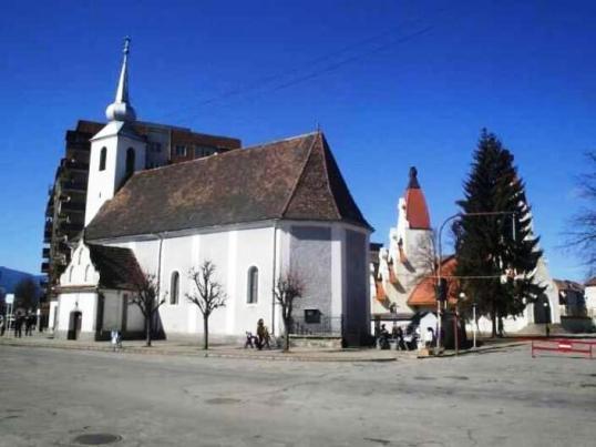 szent-kereszt-templom-csikszereda